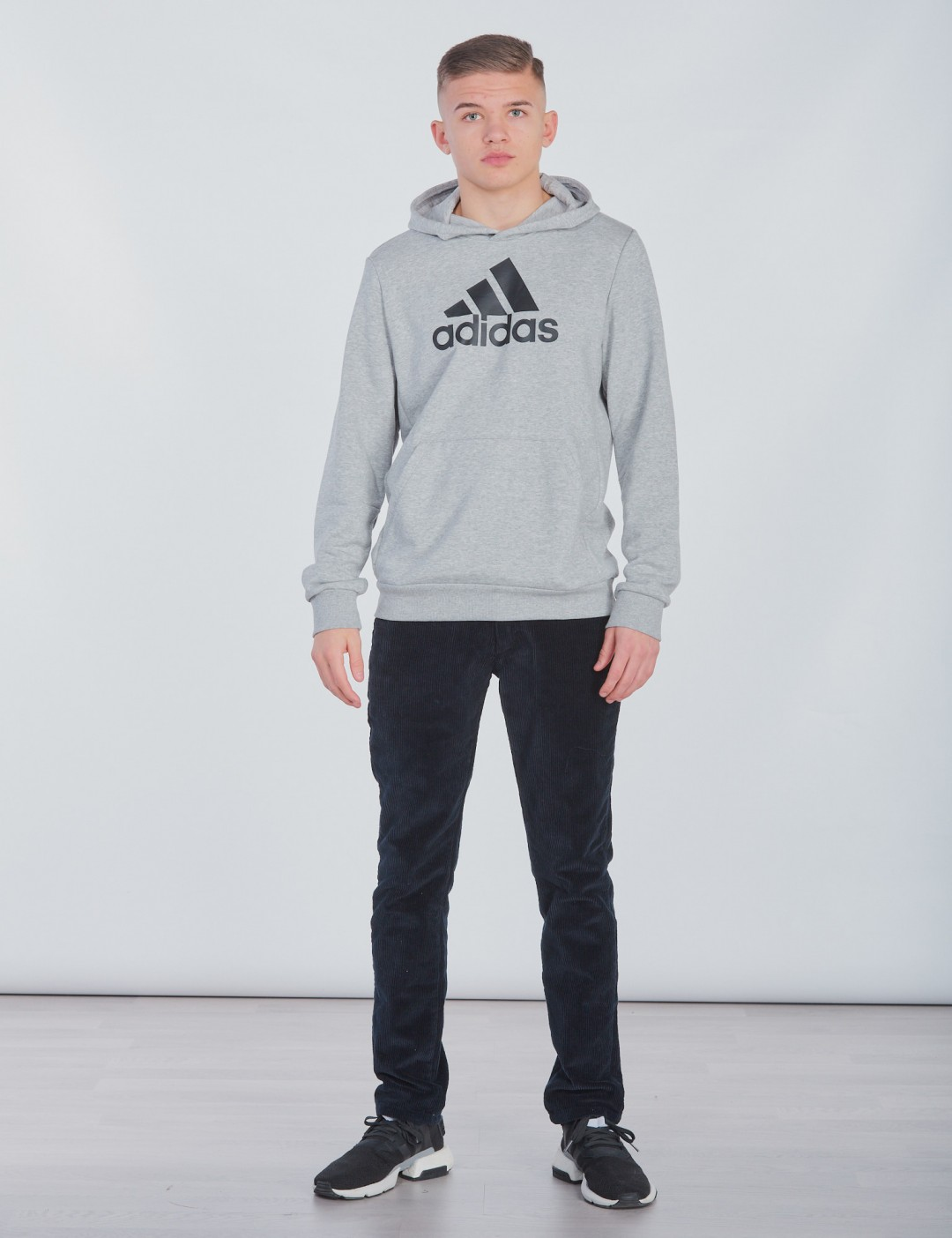 adidas performance grau
